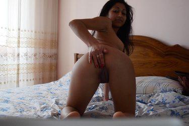 la jovencita Valery desde su webcam